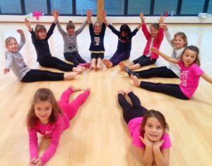 Petites danseuses en cours