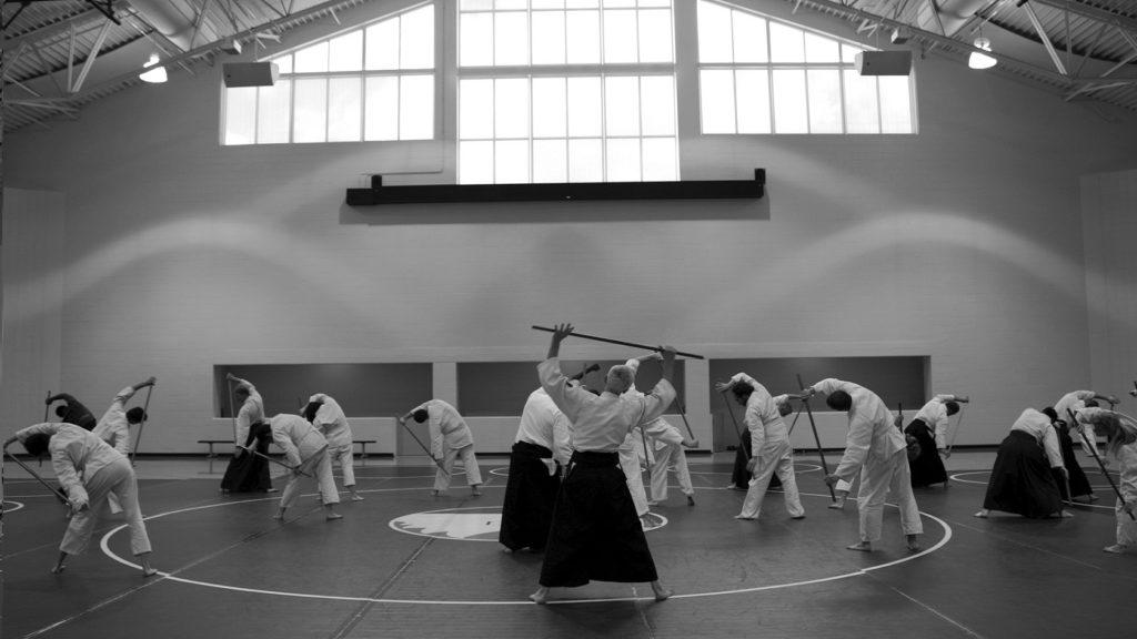 Séance en salle d'Aïkido
