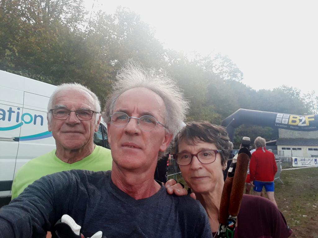 Le trio de la JA à l'arrivée au château de Boeuvres