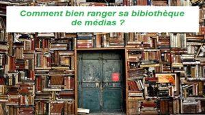 Une bibliothèque pleine de livres rangés de façon hasardeuse !
